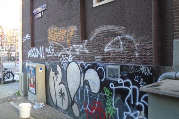 Graffiti laten verwijderen door professional